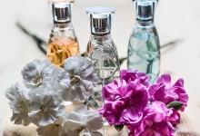 perfume-1433654_640-220x150